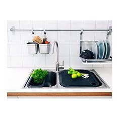 IKEA - GRUNDTAL, Escurreplatos, Se puede colgar de la barra GRUNDTAL para disponer de más espacio en la encimera.La bandeja desmontable de la parte inferior recoge el agua del escurreplatos.