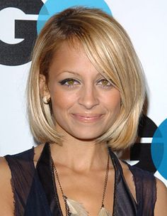 Nicole Richie Hairstyles - December 1, 2005 - DailyMakeover.com