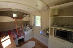 Bespoke Shepard's Hut – Tiny House Swoon Tiny House Swoon, Tiny House Living, Tiny House Design, Small Living, Living Spaces, Shepherds Hut, Garden Office, Tiny Spaces, Home Decor