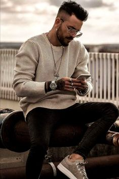 48 spring chic outfits for men& street style 38 - - Best Street Style, Urban Street Style, Men Street Styles, Stylish Mens Outfits, Stylish Outfits, Men Looks, Style Masculin, Herren Outfit, Mode Masculine
