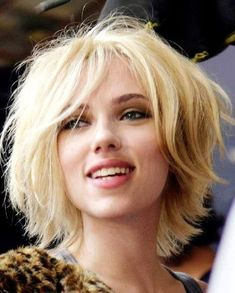 Cute Short Blonde Hair with Side Swept Bangs Scarlett-Johansson-S Shaggy Bob Hairstyles, Short Hairstyles 2015, Short Blonde Haircuts, Shaggy Short Hair, Messy Hairstyles, Hairstyle Ideas, Bob Haircuts, Pixie Haircut, Hair Shag