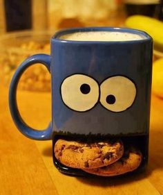 I need this cookie monster mug <3