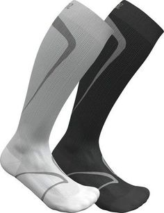 Great compression stockings for working out. Lymph Fluid, Compression Stockings, Varicose Veins, Athlete, Curves, Socks, How To Wear, Fashion, Stockings