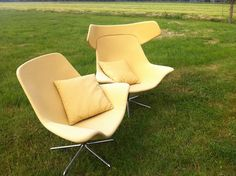 Nu in de #Catawiki veilingen: Michael Sodeau for OFFECT Offect -  Type Oyster high and low chairs.