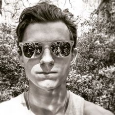 from the story × Types Tom Holland My Boyfriend × by Evxns_Sloxn (XxStxnxX) with reads. Holland s. Infinity War, Iron Man, Tom Holand, Harrison Osterfield, Baby Toms, Tom Holland Peter Parker, Tommy Boy, My Tom, Men's Toms