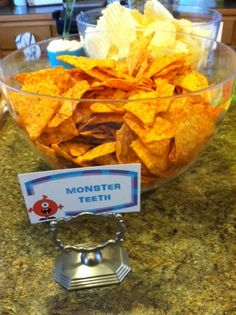 Cook It, Clean It, Make It Fun: Monster Party Part 3: The Invitations and Decorations