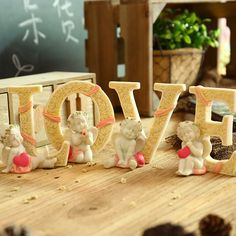 Zakka Garden Wedding Angel Letters Ornaments Elegant Wedding Decoration Gift Angel LOVE Design Figurine Resin Crafts Home Decor
