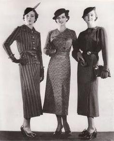 1920's women's day wear.