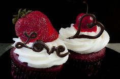 Valentine for Two Cupcakes #valentinesday #love #cupcakes #strawberry #cherry