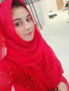 Shahim Gori Pakistani Beauty Girl with Selfie in Naqab Muslim Girls Photos, Stylish Girls Photos, Stylish Girl Pic, Muslim Pictures, Hijabi Girl, Girl Hijab, Hijab Dp, Hijab Bride, Beautiful Girl Photo