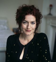 Short Pixie, Curly Short, Anna Chancellor, Beautiful People, Beautiful Women, Crochet Slippers, Pixie Hairstyles, Girl Power, Hair Color