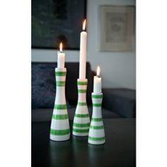 Kähler Keramik Omaggio Ljusstake Medium Grön Shopping Hacks, Wood Turning, Candlesticks, Dinnerware, Home Accessories, Candle Holders, Medium, Pottery, Ceramics