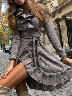 Plaid Print Ruffle Trim Tie Waist Wrap Dress trendiest dresses for any occasions, special event dresses, accessories and women clothing. Winter Skirt Outfit, Skirt Outfits, Cute Outfits, Summer Outfit, Winter Outfits, Stunning Dresses, Sexy Dresses, Dresses With Sleeves, Wrap Dresses