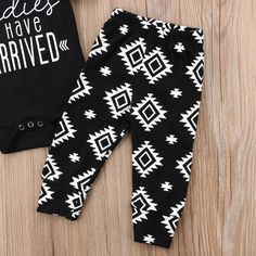 Ladies I Have Arrived Clothing Set Piece Set) Baby Presents, Baby Gifts, Baby Boy Clothing Sets, Head Accessories, Long Shorts, Baby Essentials, Bibs, Outfit Sets, Patterned Shorts