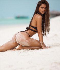 What is the quickest way to shed weight, build lean muscle, and reveal a toned and sexy physique? Sexy Bikini, Bikini Girls, Bikini Beach, Viki Odintcova, Insta Models, Poses, Beach Girls, Beach Babe, Bikini Bodies