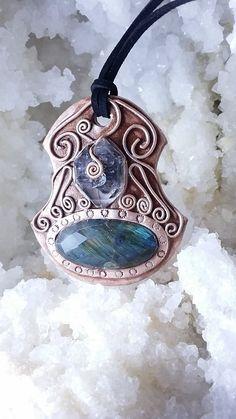 Unique stones, unique pendant! Come find out more about our orgonite pendants in elvemagic.etsy.com