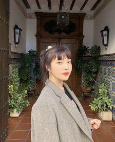 Seulgi, Kpop Girl Groups, Kpop Girls, Irene, Asian Music Awards, Korean Girl, Asian Girl, Red Velvet Photoshoot, Joy Instagram