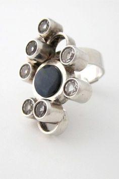 Modernist Ring | Elis Kauppi & Kupittaan Kulta. Sterling silver, rock crystal, spectrolite