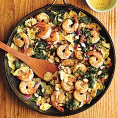 Will make this SKINNY with whole wheat pasta!  Warm Pasta Salad with Shrimp...yum!