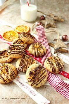 Honey, orange and cinnamon Christmas Cookies Greek Desserts, Greek Recipes, Fruit Recipes, Brownie Recipes, Cookie Recipes, Food Collage, Muffins, Cinnamon Cookies, Winter Treats
