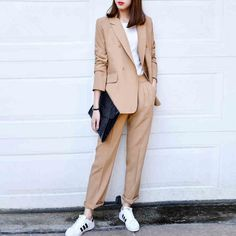 Find More Pant Suits Information about 2016 Spring Newon Vintage Soild Color Loose Suit Jacket And P Suit Fashion, Fashion Pants, Women's Fashion Dresses, Womens Fashion, Cheap Fashion, Blazer Outfits, Casual Outfits, Look Oxford, Suits For Women
