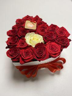 Cervene ruze Flower Boxes, Window Boxes, Flower Containers