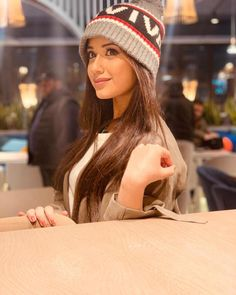 Jannat Zubair Rahmani is Indian One Of Cutest Actress and Tiktok Star Now. Jannat Zubair Rahmani Images Are So Cute And At Same Time Hot. Girl Pictures, Girl Photos, Hd Wallpapers For Mobile, Stylish Girls Photos, Stylish Kids, Indian Teen, Indian Art, Teen Actresses, Cute Girl Photo