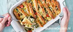 Budget recept: hartige broodschotel Recipes With Old Bread, Oven Dishes, Food N, Budget Meals, Quick Meals, Family Meals, Healthy Eating, Favorite Recipes, Lunch