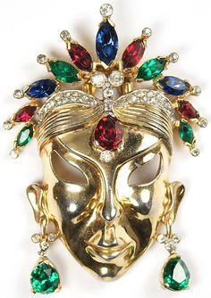 Mazer Gold and Tricolour Stones Face Mask Pin Clip