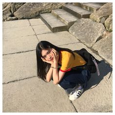 Image discovered by ㅇㅅㅇ. Find images and videos about girl, style and pretty on We Heart It - the app to get lost in what you love. Korean Picture, Korean Photo, Ulzzang Korean Girl, Cute Korean Girl, Ulzzang Fashion, Korean Fashion, Ootd Poses, Uzzlang Girl, Girl Hair