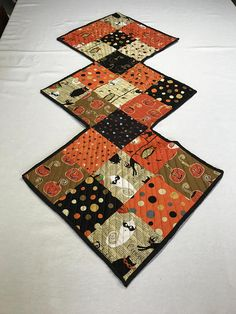 Hey, I found this really awesome Etsy listing at https://www.etsy.com/listing/464432158/quilted-halloween-table-runners