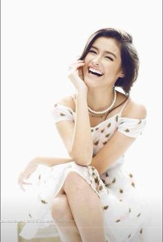 Liza Soberano is a talented artist and very popular among fans. Liza Soberano photo gallery with amazing pictures and wallpapers collection. Liza Soberano, Asian Woman, Asian Girl, Wow Photo, Aesthetic Women, Actors Images, Beauty Shots, Cute Beauty