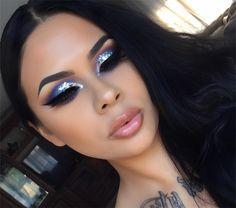 "3,575 Likes, 75 Comments - Giselle Cortes (@_makeupbygiselle) on Instagram: ""Mas cabrona que bonita """