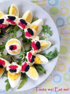 Taste me! Eat me!: Jajka na wielkanocne śniadanie? Może z kawiorem?