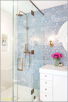 48 Easy Shower Design Ideas For Small Bathroom Tile plays a major role in any bathroom design. One can use ordinary tile pattern in some different and interesting […] Room Design, Interior, Decor Interior Design, Home Decor, Bathroom Design, Bathroom Decor, Small Bathroom Remodel, Living Room Designs, Shower Design