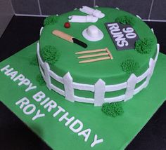 Cricket cake Cricket Birthday Cake, Cricket Theme Cake, 40th Cake, 40th Birthday Cakes, Happy Birthday, Celebration Cakes, Baking Ideas, Themed Cakes, How To Make Cake