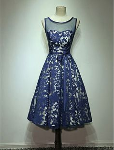1950s Vintage Inspired Lace Evening Prom Dress