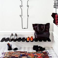 """""""Shoe Step in stock again! Two colours, black and white www.lunehjem.no  #gratisfraktover1000kr #lunehjemno #nettbutikk #visenderihelenorge…"""""""