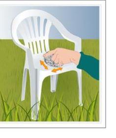 1000 id es sur peindre des chaises en plastique sur pinterest plastique de peinture en a rosol for Peindre chaise plastique