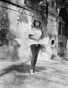Famous Photographers, Sophia Loren, Acting, Pin Up, Cinema, Actresses, Artwork, Movies, Vintage