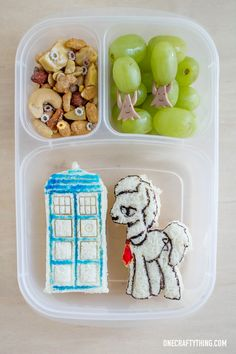 Doctor Whooves and the TARDIS Bento Lunch | OneCraftyThing.com