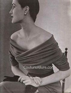 Balenciaga... from 1950. Someone needs to do this now...