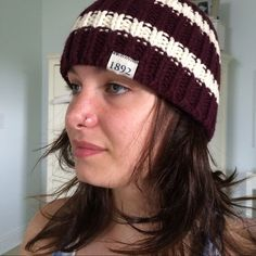 Striped cap Cotton wool blend. Burgundy and cream. Greta condition! Abercrombie Accessories Hats