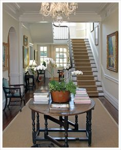 LUCY WILLIAMS INTERIOR DESIGN BLOG: MY VIRGINIA FARM HOUSE. Note center hallway that runs entire depth of house.
