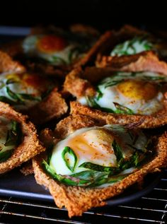 mini tarts with sundried tomatoes, capers & eggs
