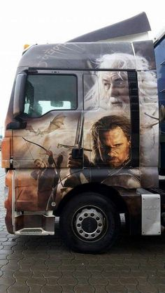 Airbrushed trucks are more impressive than anything at art displays : theCHIVE Customised Trucks, Custom Trucks, Show Trucks, Big Rig Trucks, Truck Paint, Train Truck, Custom Big Rigs, Custom Paint Jobs, Amazing Cars
