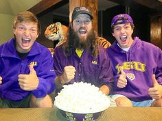 Jase Robertson with his sons, Reed and Cole, on College Colors day!!  GEAUX TIGERS!!!