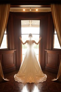 Bianca looking stunning in her custom made Ella Moda wedding gown! <3