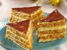 Prajitura Caramel Romanian Desserts, Romanian Food, Cake Recipes, Dessert Recipes, Baking Classes, Sweet Cakes, Homemade Cakes, No Bake Desserts, No Cook Meals