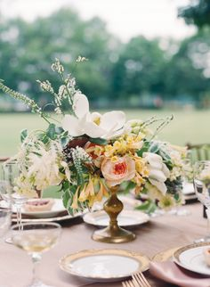 Southern wedding - gold centerpiece